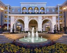 Hilton Dallas Southlake Town Square Southlake (Texas) This Texas hotel features a full-service spa and restaurant, a heated outdoor pool and hot tub. Rooms include free Wi-Fi and the hotel is located in Southlake Town Square. Southlake Town Square, Southlake Texas, Hilton Hotels, Hotels And Resorts, Best Hotels, Places To Travel, Travel Destinations, Travel Deals, Hotel Coupons