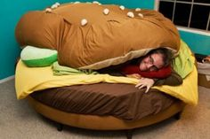 Okay best bed ever the sheets and comforter are lettuce tomato and bun!