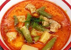 Hungarian Recipes, Food Science, I Love Food, Thai Red Curry, Main Dishes, Pork, Food And Drink, Lunch, Eat
