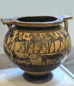 Greek terracotta dinos (mixing bowl) Corinthian (Transitional Period) 630-615 BCE attributed to the Polyteleia Painter | Flickr - Photo Sharing!