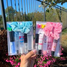 Colorful Bundles – Famous Last Words Diy Lip Gloss, Glitter Lip Gloss, Lip Gloss Set, Glitter Lips, Lipgloss, Mac Lipsticks, Lip Oil, Glossy Lips, Tips Belleza
