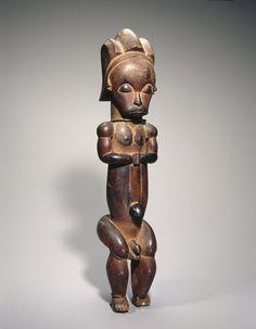 Master of Ntem. Reliquary Guardian Figure (Eyema-o-Byeri), Wood, iron, 23 x 5 x 5 in. Brooklyn Museum, Frank L. Ap Art History 250, African Museum, African Artwork, African Sculptures, Art Premier, Masks Art, African Masks, Tribal Art, Ancient Art