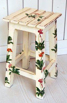 El Rincón Vintage de Karmela: Hoy vamos con muebles originales decorados con técnicas muy efectistas.