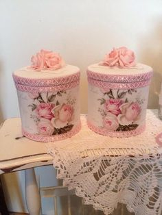 Shabby Chic Home Decor Shabby Chic Crafts, Shabby Chic Pink, Shabby Chic Cottage, Shabby Chic Homes, Shabby Chic Style, Shabby Chic Decor, Decoupage Box, Decoupage Vintage, Tin Can Crafts