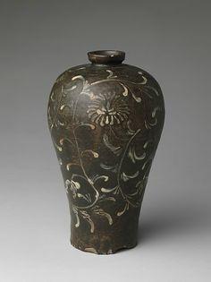 Maebyeong with chrysanthemum decoration, Korea, Goryeo dynasty (918–1392), 13th century - Alain.R.Truong