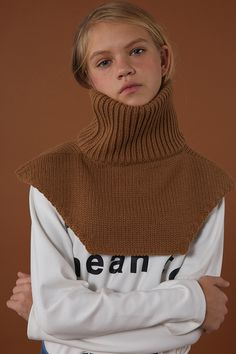 ADERerror Contemporary Minimalism Color FW15/16 Collection Knitwear Neck-Warmer Styling 'But near missed things'