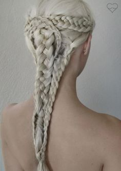 "whatwouldkhaleesiwear: "" What Would Khaleesi Wear? A Khaleesi Hairstyle of course! """