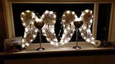 Klaar voor kerst, de mooiste tijd voor in en om het huis. Engelen vleugels met ledverlichting.