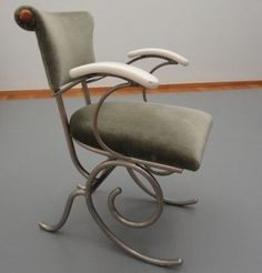 """Sybold van Ravesteyn tubular chair designed and made for the motorship """"Piet Hein"""". This ship was a weddinggift for our former queen Juliana and Prins Bernhard in 1937."""