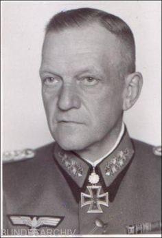 ✠ Georg Lindemann (8 March 1884 – 25 September 1963) RK 05.08.1940 Generalleutnant Kdr 36. Inf.Div 21.08.1943 [275. EL] Generaloberst OB 18. Armee