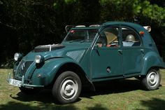 citroen 2cv images | ... con historia: UN CITROËN 2CV CON 2 MOTORES, Citroën 2cv Sahara 4x4. Has 2nd motor up front to drive front tires, Truth!!!