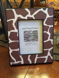 Classic Giraffe Animal Print Wooden Picture Frame