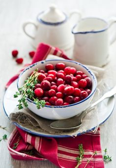 Beautiful Cranberries  http://translate.google.bg/translate?sl=ru&tl=en&js=n&prev=_t&hl=en&ie=UTF-8&layout=2&eotf=1&u=http%3A%2F%2Fcookingpleasure.livejournal.com%2F17160.html