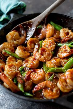 30 Minute Teriyaki Shrimp Easy, healthy, and on the table in about 30 minutes! Quick homemade teriyaki shrimp recipe on sallysbakingaddic… Fish Recipes, Seafood Recipes, Asian Recipes, Chicken Recipes, Cooking Recipes, Healthy Recipes, Chinese Shrimp Recipes, Meal Recipes, Drink Recipes