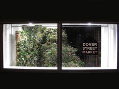 Новая коллаборация бренда Simone Rocha и Dover Street Market. Ирландский дизайнер Симон Роша .