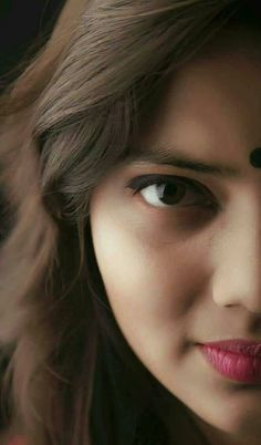 Penetrating and inviting. Are not those beautiful eyes? Beautiful Girl Indian, Most Beautiful Indian Actress, Beautiful Eyes, Beautiful Women, Beauty Full Girl, Beauty Women, Beauty Girls, Indian Eyes, Indian Face