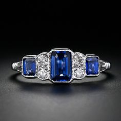 I love a good bezel setting with milgrain and its rare to see emerald cut jewels in a bezel. This one has three! Plus the pave diamonds. Antique Rings, Antique Jewelry, Vintage Jewelry, Vintage Rings, Jewelry Accessories, Jewelry Design, Fru Fru, Sapphire Jewelry, Sapphire Rings