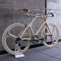 bicycle made of wood by talented Japanese designer Yojiro Oshima