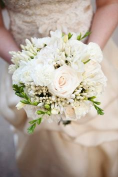 Fall Spring Summer Winter Ivory White Bouquet Wedding Flowers Photos & Pictures - WeddingWire.com