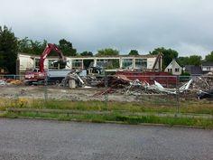 Achterkant bijna verdwenen Neerhofschool 12 Neerhofstraat 3 Zevenbergen (13-7-2015)