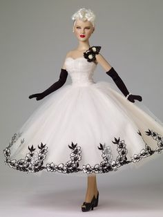 Banker's Ball - Outfit - DeeAnna Denton Archive - Fashion Dolls Archive - Tonner Doll Archive
