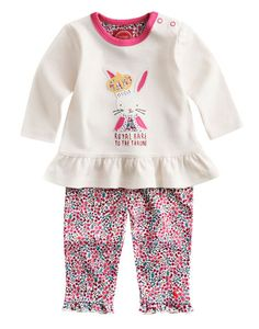 Joules null Baby Girls Royal Heir 2 Pc Set, Creme Ditsy.                     Fit for a princess, this rather majestic little two-piece is cool, commemorative and the perfect balance of style and comfort. In super soft cotton and with poppers for easy on-and-off not to mention a detailed Royal Hare applique.