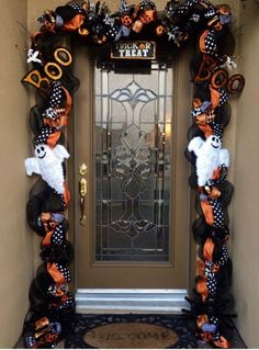 shop: Halloween Garland, Orange and Black Halloween Decor, Halloween Swag, Halloween Outdoor Decor, Halloween Front Door Decor Excited to share this item from my Dulceros Halloween, Adornos Halloween, Manualidades Halloween, Halloween Home Decor, Outdoor Halloween, Holidays Halloween, Farmhouse Halloween, Scariest Halloween Decorations Ever, Halloween Front Door Decorations