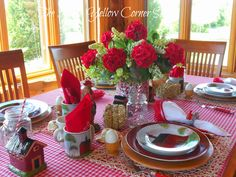 The Little Yellow Corner Store: Breakfast on the Farm Tablescape