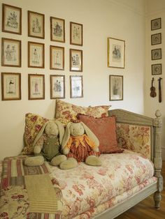 Girl Vintage Room Design, Pictures, Remodel, Decor and Ideas - page 44