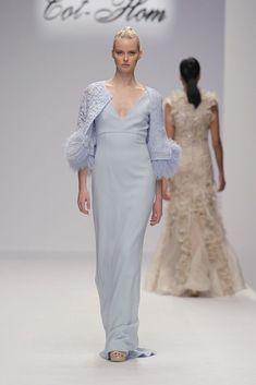 Alta Costura, una vez más la propuesta para esta temporada se presenta llena de sofisticación elegante con la intención de que cada mujer. #altacostura