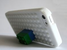 LEGO iPhone5 Case by areeve20 - Thingiverse. I just wish there were more android cases available like this.