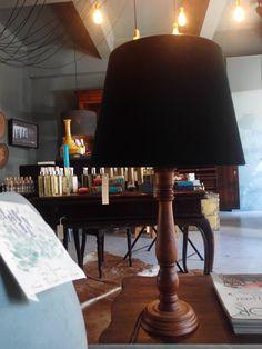 #mercadoloftstore #porto #umseisum #lamp #green #velvet #candeeiro #madeira #veludo #luz #light #lavanda #decoração #20%off #produto