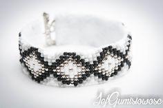 Blog z autorską, ręcznie wyszywaną biżuterią w technice sutasz. Cuff Bracelets, Beading, Blog, Jewelry, Fashion, Moda, Beads, Jewlery, Jewerly
