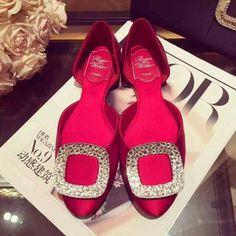 Roger Vivier Crystal-embellished satin ballerinas red - $170.00 : morecabinet.com Roger Vivier Shoes, Ballerinas, Dior, Satin, Crystals, Red, Ballet Flats, Dior Couture, Ballerina Pumps