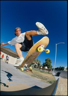 1000 images about old school skaters on pinterest paul for Housse macbook air 13 paul smith