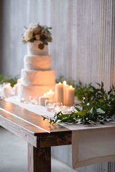 #cake-table, #candle  Photography: Averyhouse - averyhouse.net  Read More: http://www.stylemepretty.com/2014/08/15/classic-meets-modern-indiana-wedding/