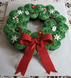 Tear away cupcake wreath