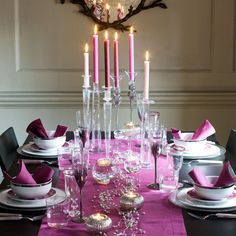 Dark pink tablescape