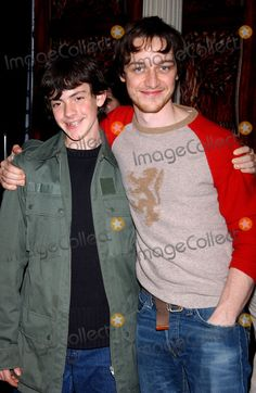 Members of the cast of 'The Chronicles of Narnia' appeared at Barnes and Noble. Edmund Narnia, Narnia 3, Chronicles Of Narnia Cast, Skandar Keynes, William Moseley, Edmund Pevensie, James 3, Fandom, Cs Lewis