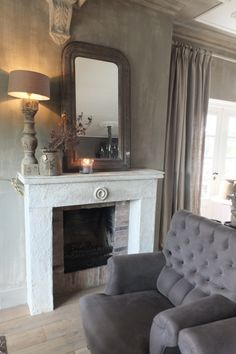 Binnenkijken woonkamer | Styling  Living Home Fireplace, Fireplace Design, Fireplaces, Bedside Table Decor, Home And Living, Living Room, Country Interior, Minimalist Living, Beautiful Interiors
