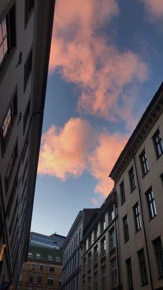 Night Aesthetic, City Aesthetic, Travel Aesthetic, Sad Wallpaper, Summer Wallpaper, Iphone Wallpaper Tumblr Aesthetic, Aesthetic Wallpapers, Harry Styles Poster, Pretty Sky