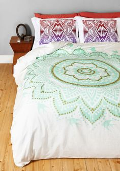 Bright or Flight Duvet Cover in Full/Queen. Bring a little boho-inspired brilliance to bedtime with this brightly patterned duvet cover! #mint #modcloth