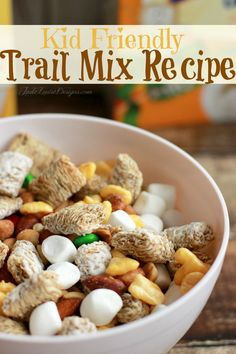 Easy Snack Ideas + Kids trail mix recipe to combat the Fast Food Urge http://sulia.com/my_thoughts/4a7a1f67-3f41-4a69-be0a-2d612a52a154/?source=pin&action=share&btn=small&form_factor=desktop&pinner=77739761