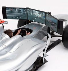 the full-scale formula one racing simulator has been designed to look and feel like the real thing, coming equipped with genuine pirelli tires and brembo racing calipers. Real Racing, F1 Racing, Courses F1, Formula 1, Racing Simulator, First Car, Cool Cars, Race Cars, Kit Cars