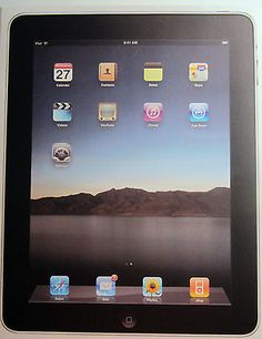 "9.7"" APPLE IPAD 32GB WiFi 1st Generation MB293LL/A MINT CONDITION in BOX Bundle"