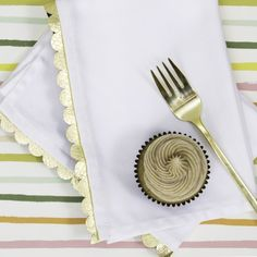 Use metallic gold vinyl to create holiday party ready cloth napkins.