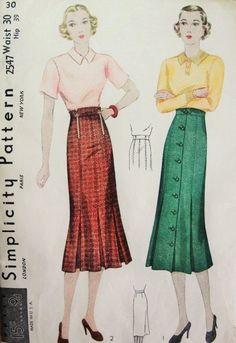 1930s Skirt Pattern Simplicity 2547 Slim Skirt Front Pleats 2 Art Deco Styles Waist 30 Vintage Sewing Pattern
