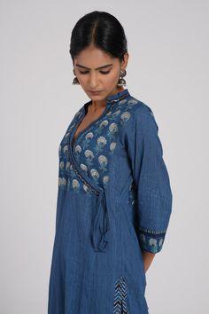 Chiffon Fabric, Silk Fabric, Kurti Styles, Sweat Stains, Churidar, Sarees, Indigo, Ethnic, How To Wear