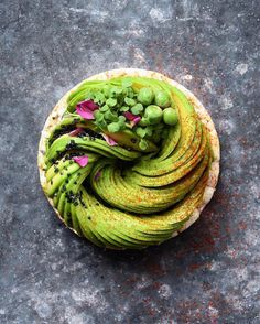 Food Blogger Continues to Meticulously Transform Avocados into Edible…