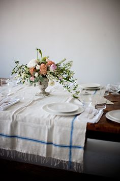 Earthy table setting - farm to table style